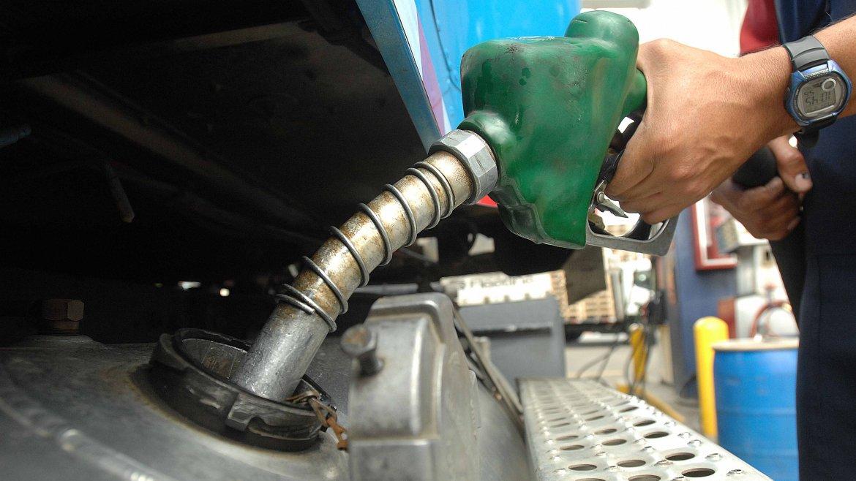 Nuevo aumento de la nafta y el gasoil en YPF