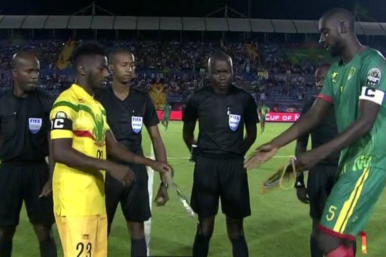 """Un futbolista gigante, el keniata más """"viejo"""" y los malienses con el mismo nombre: las historias de la Copa África"""