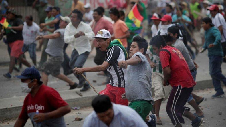 Ya son tres los fallecidos por la crisis institucional en Bolivia