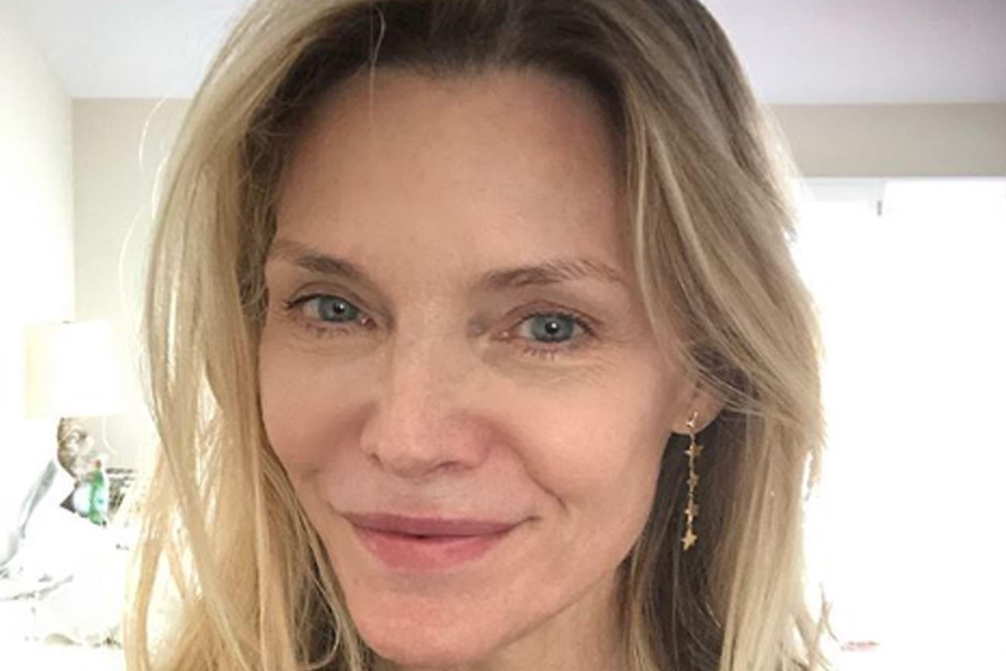Michelle Pfeiffer revolucionó las redes sociales con una foto sin maquillaje