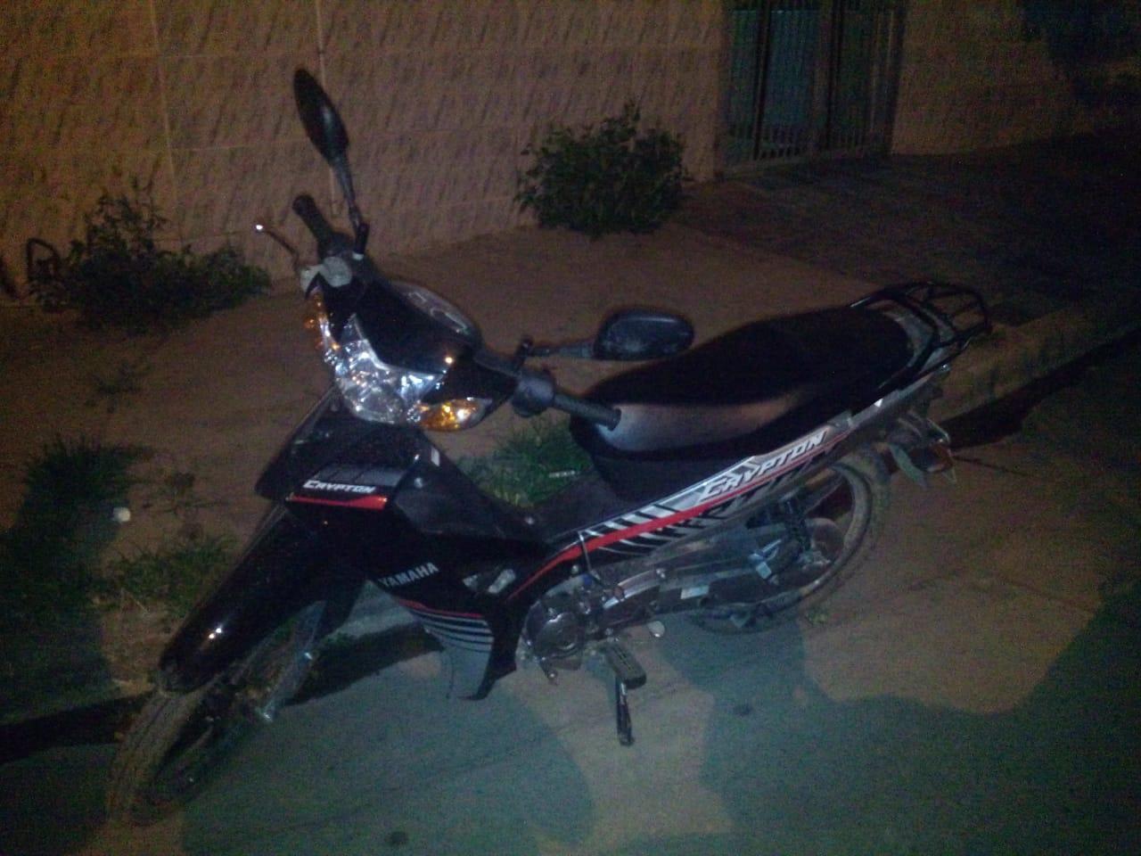 Arrestado y se recuperó moto con pedido de secuestro en zona sur