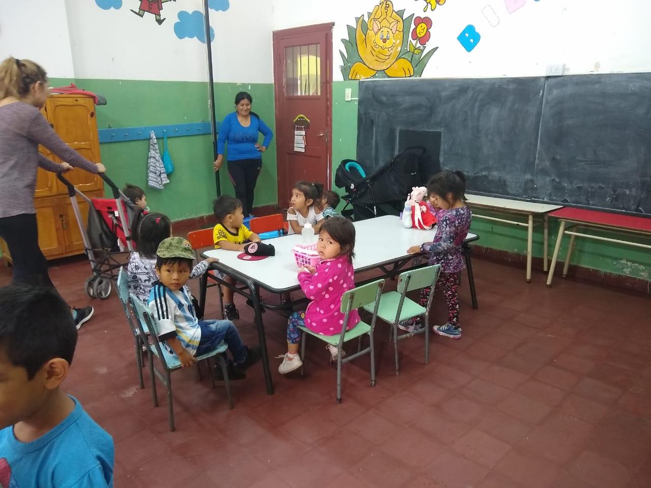 Espacios para la primera infancia apoyan a las familias jujeñas durante la cosecha de tabaco