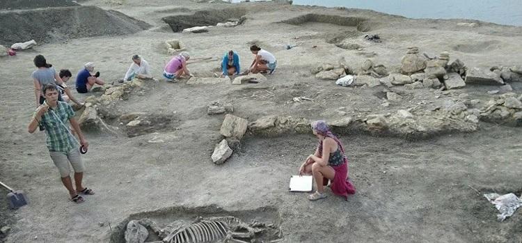 Hallan una necrópolis bizantina con 27 tumbas y esqueletos de más de mil años