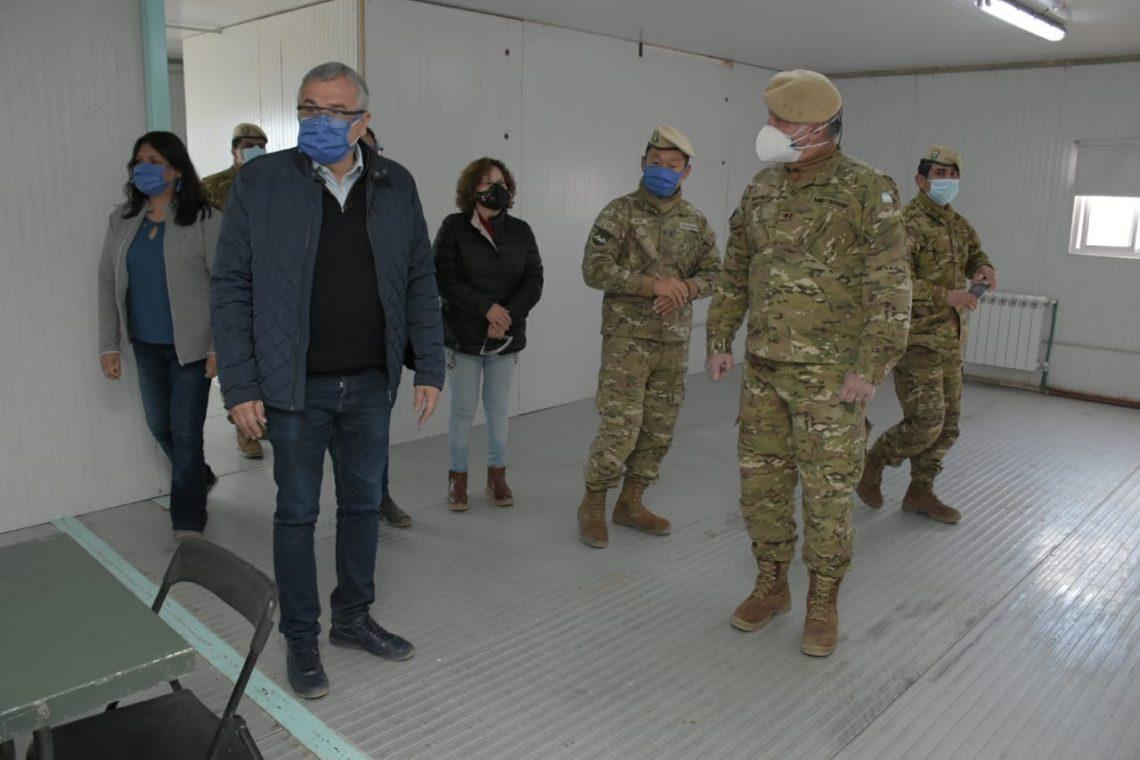 Controles fronterizos: Gerardo Morales visitó a la base militar de Cieneguilla