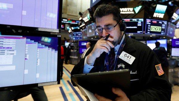 El riesgo país supera los 1.400 puntos y sube 30% desde el canje de deuda