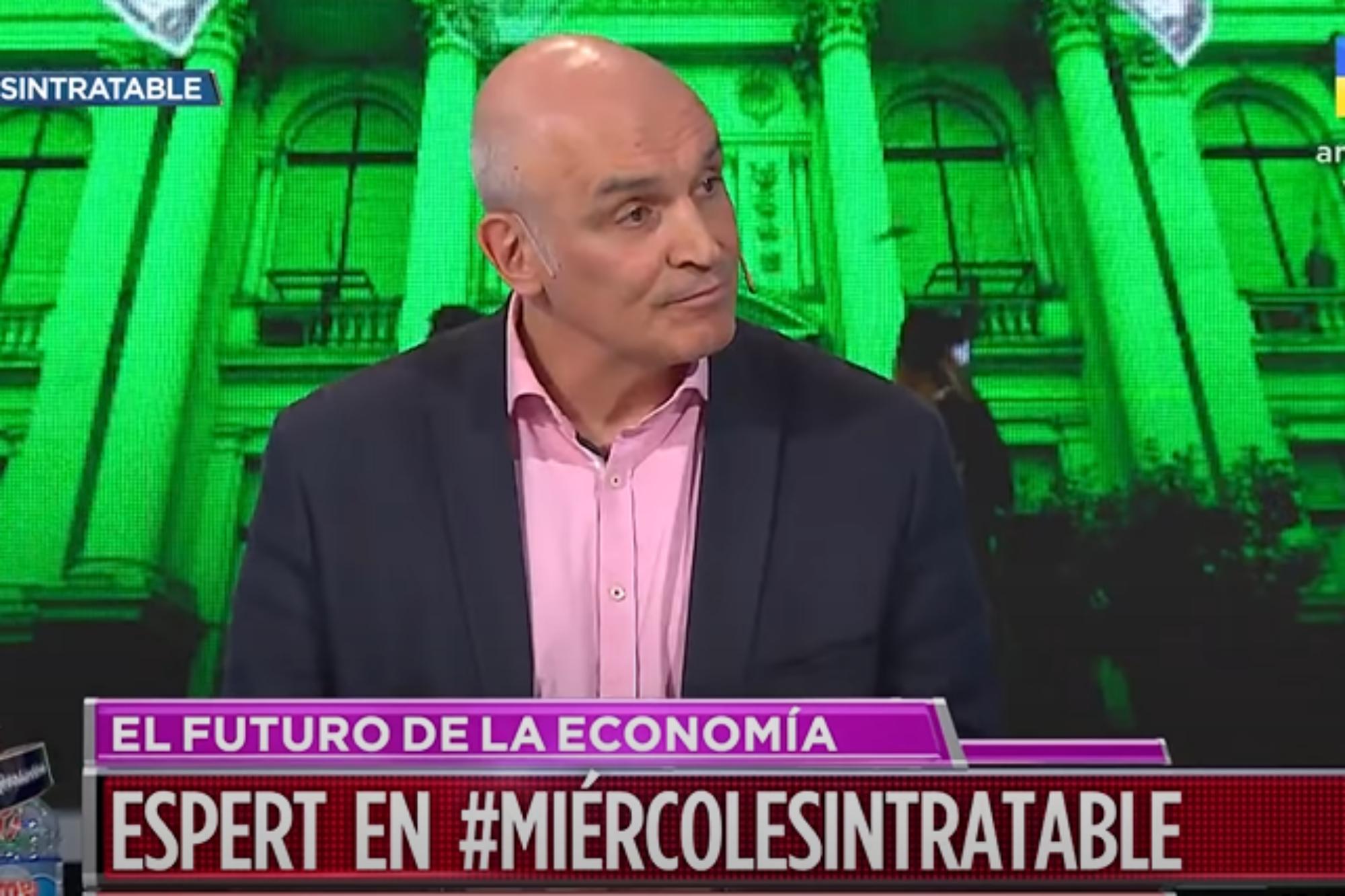 """Intratables: José Luis Espert acusó de """"torpe"""" al Gobierno y Diego Brancatelli lo cruzó al aire"""