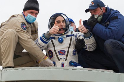 Regresaron a la Tierra tres astronautas luego de pasar seis meses en la Estación Espacial Internacional