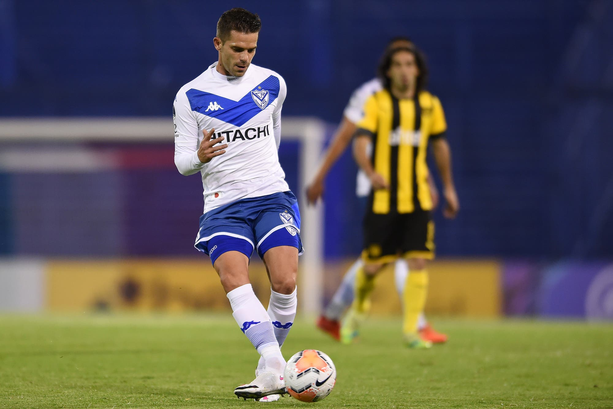Se retiró Fernando Gago: a los 34 años, el volante anunció que deja el fútbol