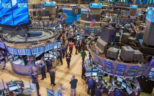 Mejoran las acciones argentinas en Wall Street y baja levemente el riesgo país