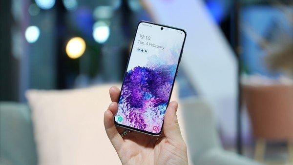 Samsung comenzó a dar detalles del Galaxy S21, el primero que se desbloqueará con la voz