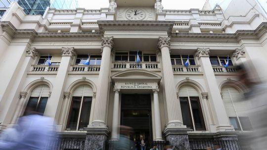 argentina-extiende-normas-para-reestructurar-deuda-privada