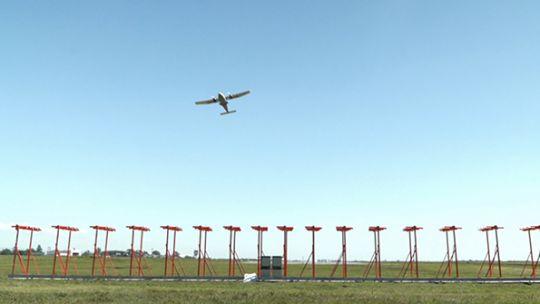 el-aeropuerto-taravella-operara-en-categoria-iii-como-ezeiza