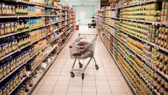 el-gobierno-vuelve-a-reunirse-con-la-cadena-alimenticia-para-acordar-precios-y-salarios