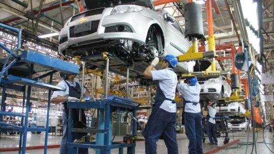 la-produccion-industrial-subio-un-4,4%-en-enero