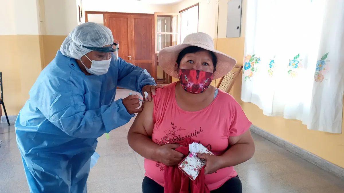 coronavirus-en-jujuy:-se-completo-la-vacunacion-en-residencias-de-larga-estadia