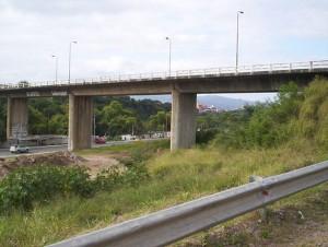 jujuy:-vecinos-impidieron-usurpacion-bajo-el-puente-paraguay