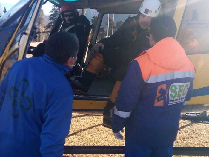 rescataron-a-los-tres-andinistas:-temperaturas-bajo-cero-y-un-operativo-con-mas-de-120-metros-de-soga