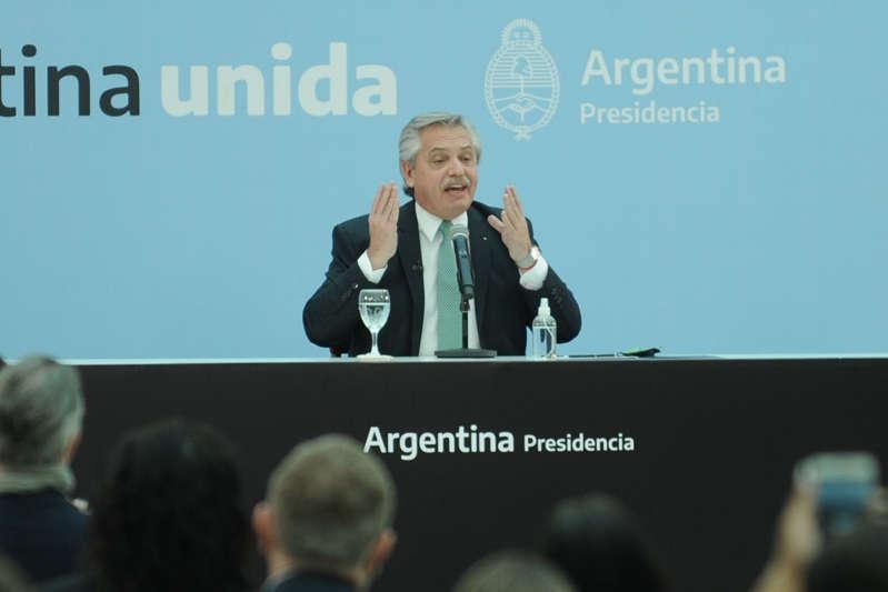 """alberto-fernandez:-""""argentina-vive-los-dos-peores-anos-de-su-historia"""""""