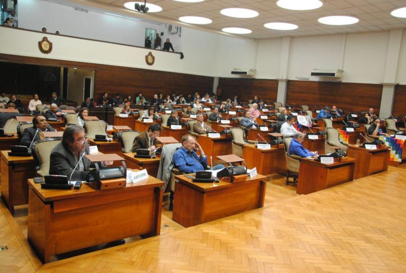 el-martes-10-habra-sesion-en-la-legislatura