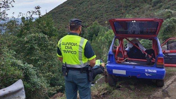 tragedia-y-muerte-en-un-rally-en-espana:-dos-pilotos-fallecieron-tras-un-gravisimo-accidente