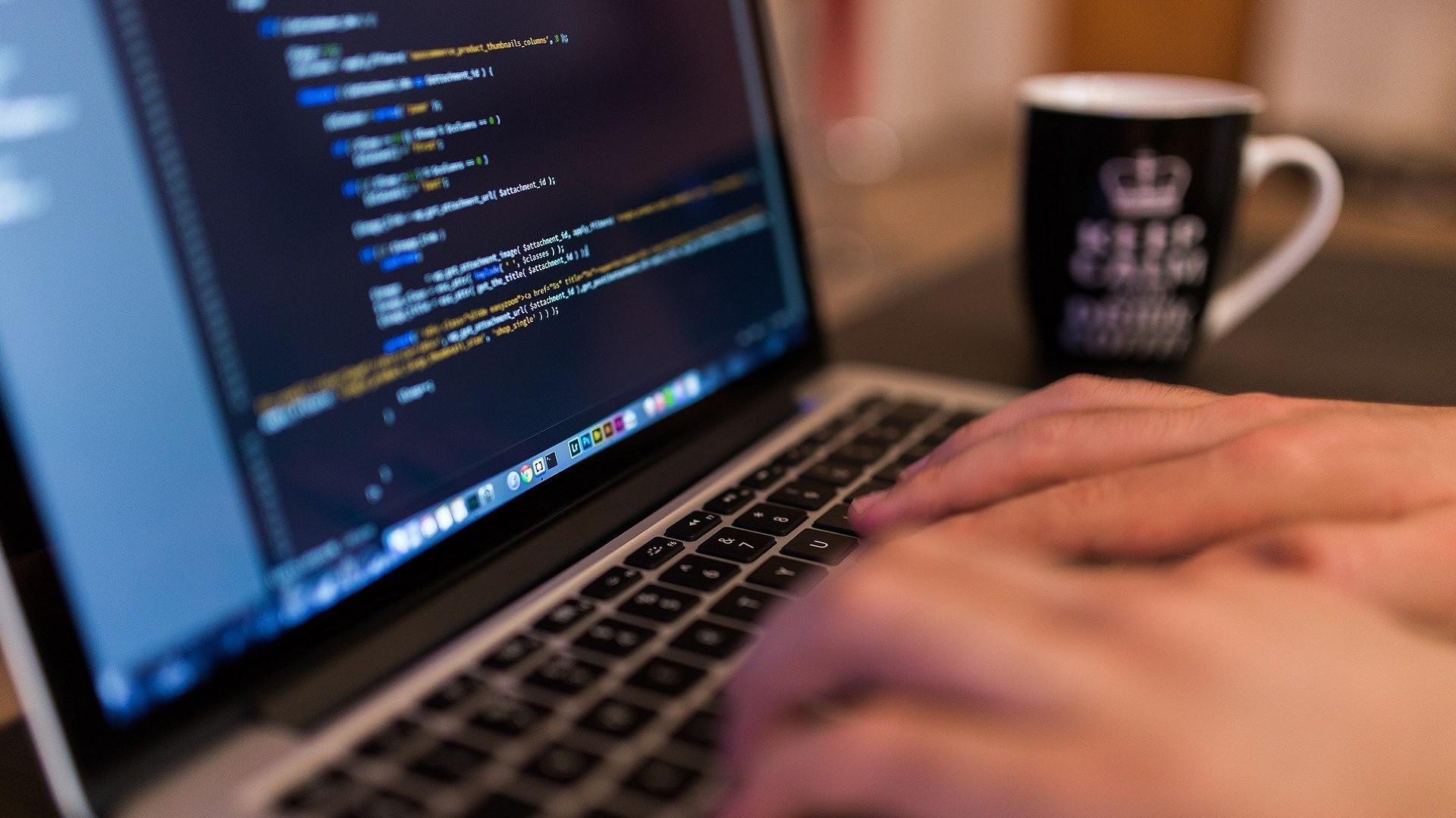 """como-el-""""low-code""""-puede-acelerar-la-transformacion-digital-en-tu-empresa"""